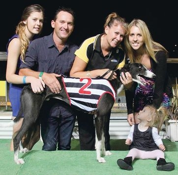 Trainer Kylie Mclennan (third from left) and family with Horsley Bale.