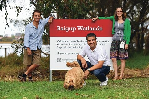 City of Bayswater Mayor Sylvan Albert with Baigup Wetlands Interest Group committee member Paul Adair and local resident Rosemary Lynch and her dog Sunny. Picture: Marcus Whisson www.communitypix.com.au d417351