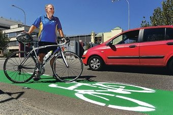 Bicycling Western Australia chief executive officer Jeremy Murray at the new cycling lane on Stirling Street [NAMES OK]
