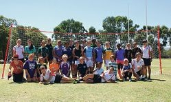 Netball elite drop in on clinic