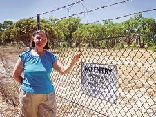 Craigie resident Sylvia Tetlow is concerned about the water treatment project. Picture: Emma Reeves d415271