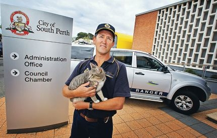 City of South Perth community ranger Paul Fromont with Johnny the cat..Picture: David Baylis d409590