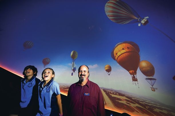 Horizon The Planetarium manager Jeff Harris with Floreat Park Primary School students Ryan MIlani and Sally Hicks. Picture: Andrew Ritchie www.communitypix.com.au d412557