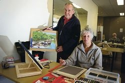Jim Lillingston and Jan Stapleton working on their pieces for the exhibition. Picture: Emma Reeves www.communitypix.com.au d407740