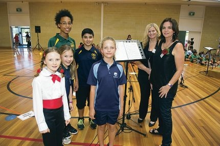 Hannah Schmidt (Year 4, Davallia Primary School), Emily Blaver (Year 4, Kinross PS), Isaiah Gurrier-Jones (Year 7, East |Hamersley PS), Mikayil Aliyev (Year 7, Hawker Park PS) and Abigail Graham (Year 4, Beaumaris PS) with event co-ordinators Helen Fabri and Donna Marwick-O'Brien. Picture: Emma Reeves www.communitypix.com.au d411345