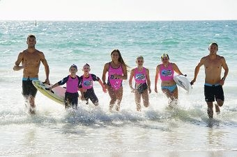 From Left: Matt Poole (ironman), Aron Cook (9 yrs), Ethan Battle (9 yrs), Amy Nurthern (ironwoman), Chelsea Lynn (11 yrs), Ellie Black (12 yrs), Tanyn Lyndon (ironman). Ironmen Matt Poole, Tanyn Lyndon and ironwoman Amy Nurthern helped Mullaloo SLSC at a nippers clinic with nippers also from Quinns Mindarie and Yanchep