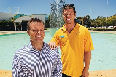 Lifeguard Ryan O'Sullivan helped to resuscitate Quentin Megson who had passed out after a fitness class.Picture: Andrew Ritchie www.communitypix.com.au d412722