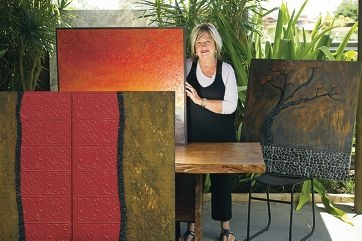Artist Lyn Franke will hold an inside/outside show at her home this coming weekend.