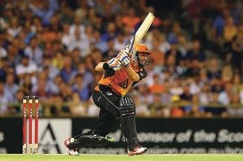 Hussey bats for the Roos