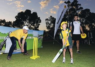 Mike Hussey at training.