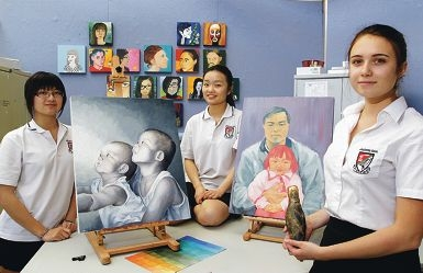 Students Jodie Vong, Susan Cai and Diana Tomasevic-Ljubin. Picture: Martin Kennealey d410070