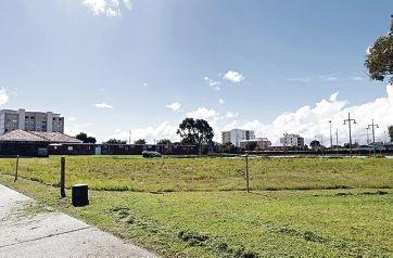 The vacant land on Flinders Lane, Rockingham. Main picture: Elle Borgward www.communitypix.com.au d407020