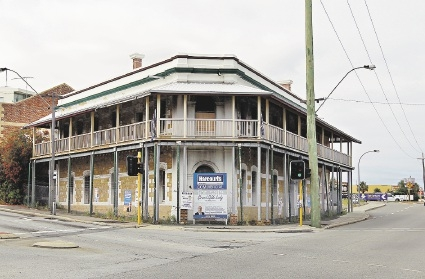 Old hotel looks for new market place