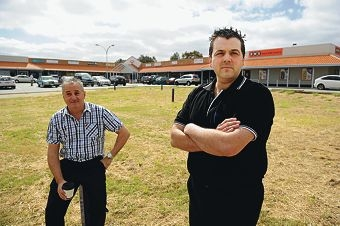 Stirling Fresh IGA owner Richard Maio with concerned resident Renzo Deleo at the site of the proposal. Picture: Marcus Whisson www.communitypix.com.au d409570