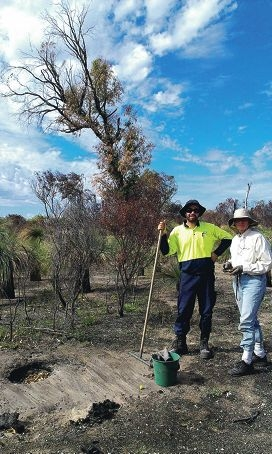 City of Rockingham bushland maintainer Ross Johnston with Friends of Paganoni Swamp volunteer Leonie Stubbs.