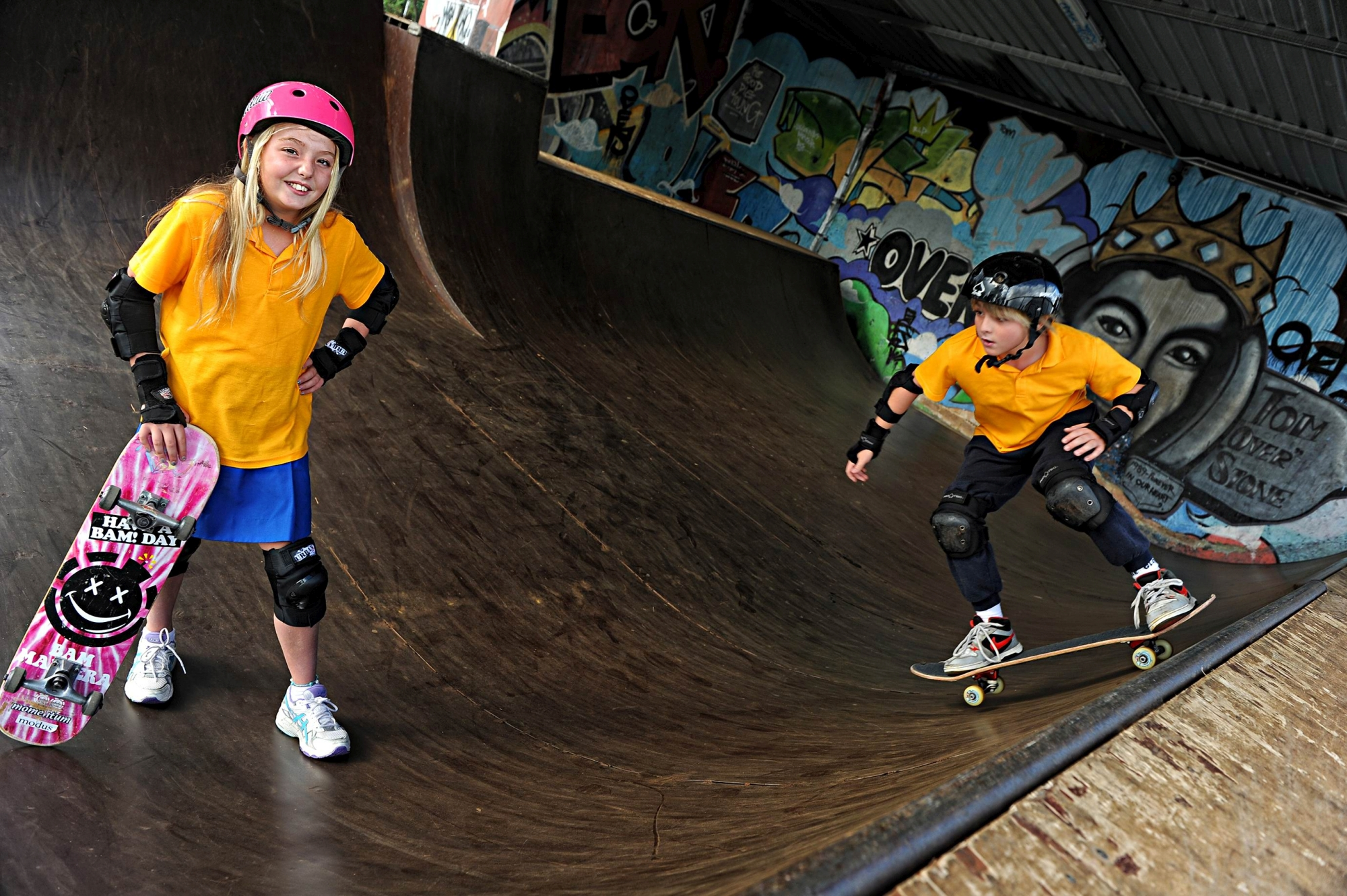 Twins Jemima and Gabe O'Loughlin at the Leederville YMCA Youth HQ skate park. Picture: Marcus Whisson www.communitypix.com.au d407578