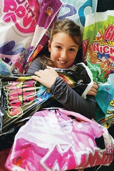 Tianna Maitland proved up to the task of sampling 307 Royal Show bags. Picture: Andrew Ritchie d407654