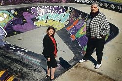 Rita Saffioti with Ballajura resident of 19 years Margaret Ryan.d406555