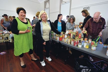 Volunteers Liz McDonald and Dale Nurse. Picture: Jon Hewson d406587