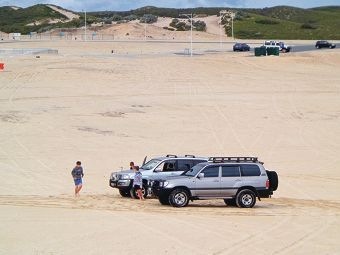 Four-wheel-drive enthusiasts must not drive on metropolitan beaches and foreshores.