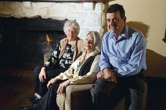 Barbara Morgan, Pamela Williamson and Tony Villanova are holding a 'yarn' night.