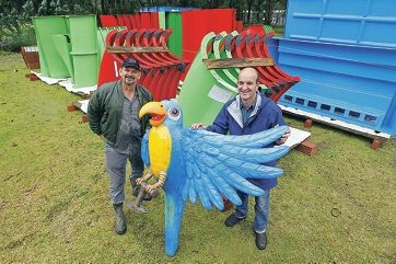 Outback Splash general manager Phil Dixon and company co-director Paul Woodcock with the shipment of parts for the fun park. Picture: Bruce Hunt www.communitypix.com.au d405719