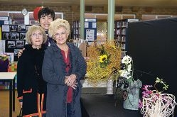 From Left: Roxine Paterson, Rika Asaoka, Valmae Sims (Ikebana floral design) at the Woodvale parent day and Asia Showcase. Pictures: Emma Reeves www.community pix.com.au d403476