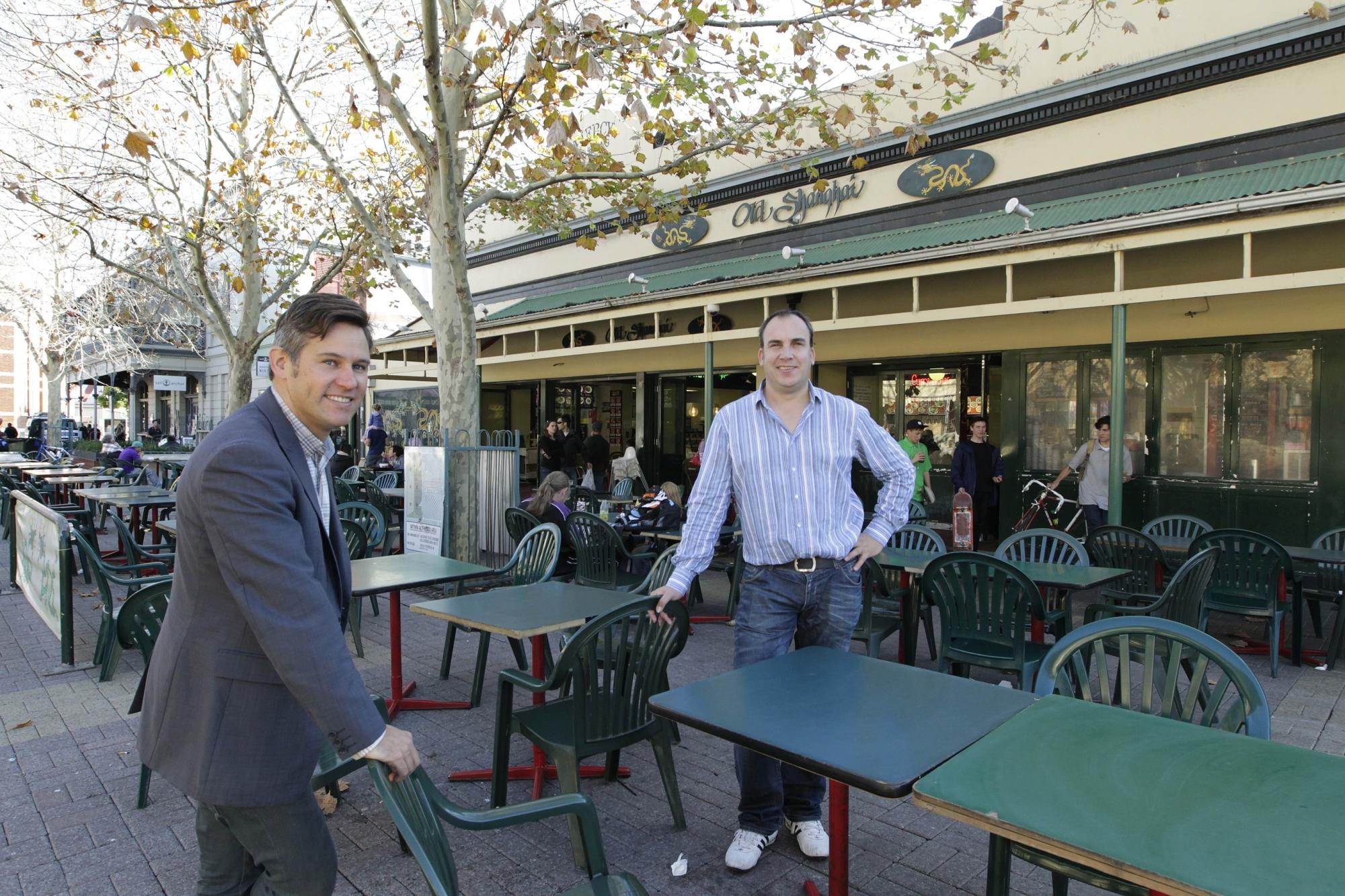 Fremantle Mayor Brad Pettitt and Metropolis owner David Heaton. d404271