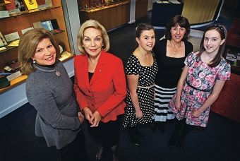 Penrhos College principal Meg Melville and Australian of the Year Ita Buttrose with teacher's assistant Natalie Belford and her daughters Clare (18) and Rose (13) from Ardross. Picture: David Baylis www.communitypix.com.au d404291