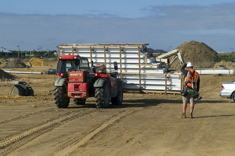 The Butler train station's new roof panels are moved on-site. Picture: Emma Reeves www.communitypix.com.au d403693