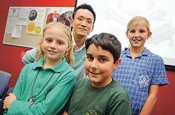 Japanese language teacher Jaeik Jeong with students Acacia Fildes, Arsam Samadi and Jessica Ewin.