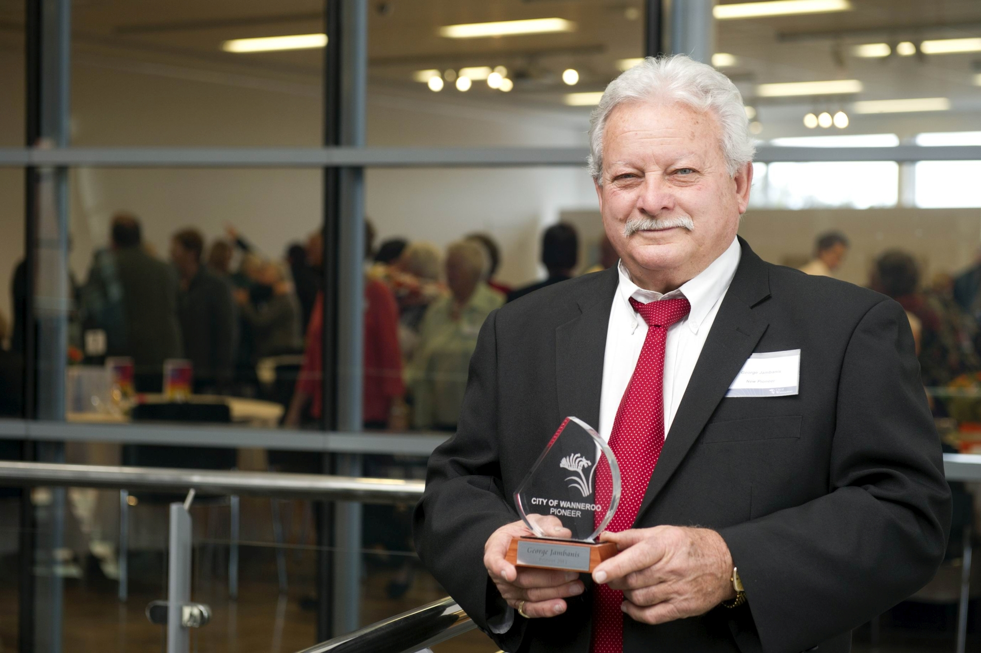 New pioneer George Jambanis with his award. Picture: Emma Reeves www.communitypix.com.au d405205