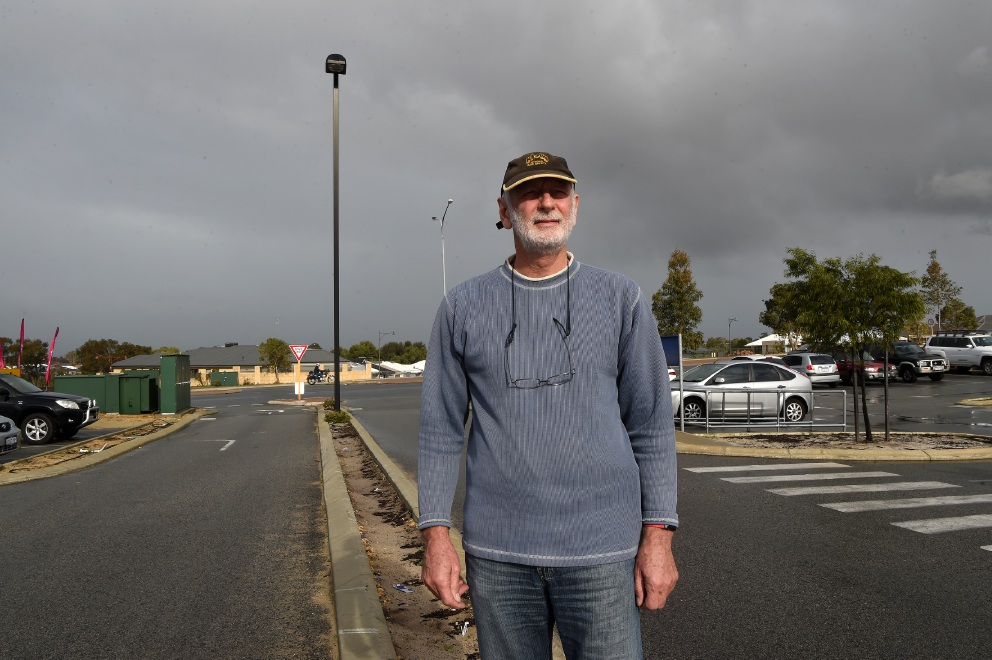 Waikiki resident is Rockingham's self-confessed lighting police