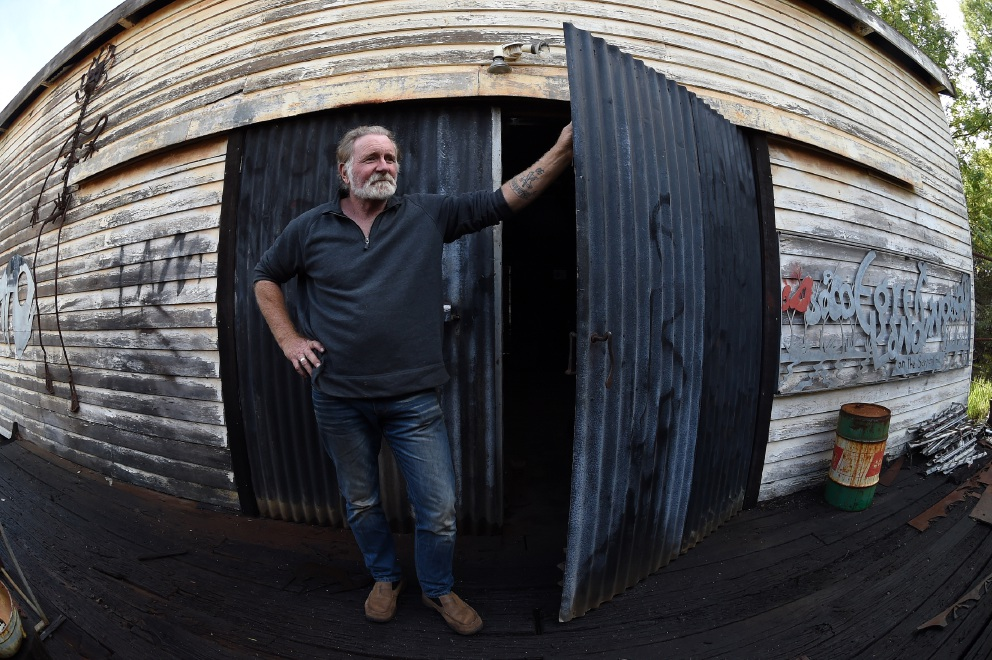 Dwellingup blacksmith devastated with theft of 1835 anvil