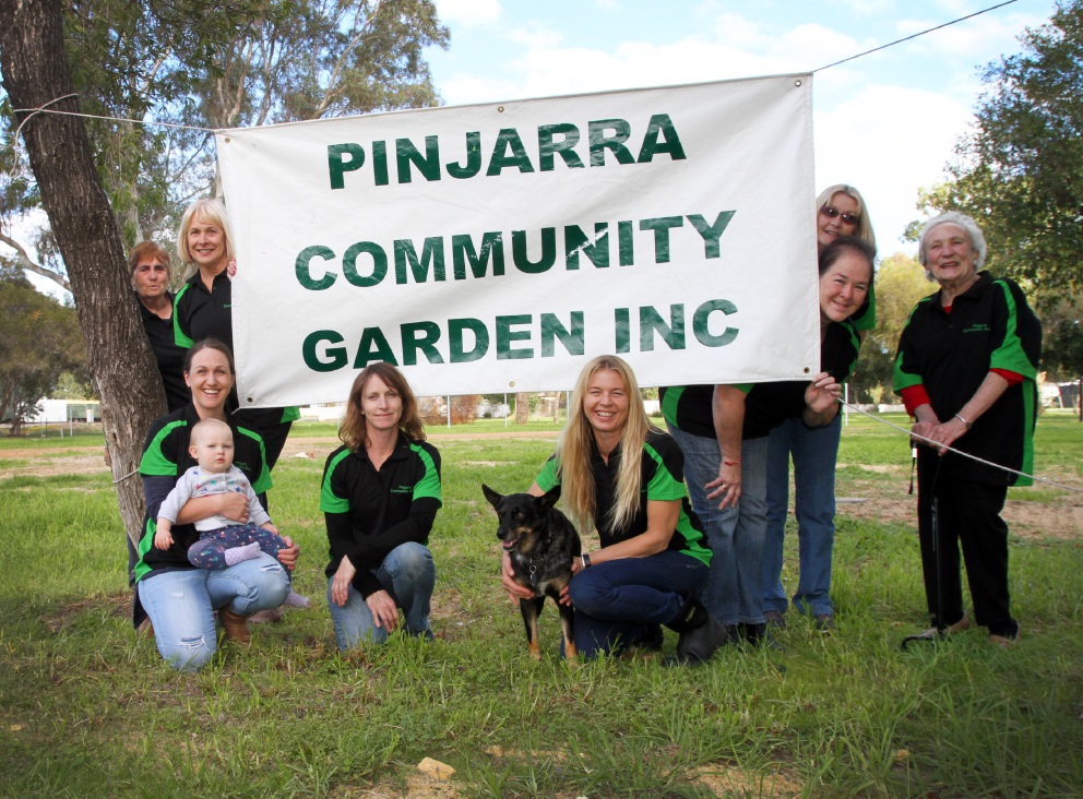 Members of the Pinjarra Community Garden are set for its opening this weekend. Picture: Robin Kornet         www.communitypix.com.au   d454770