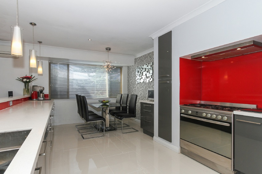 Ocean Reef, 10 Crowther Elbow – $899,000 to $950,000