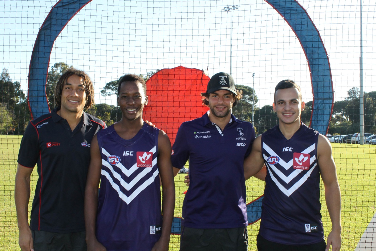 Fremantle Dockers hold Welcome to AFL clinic for international students at Curtin University