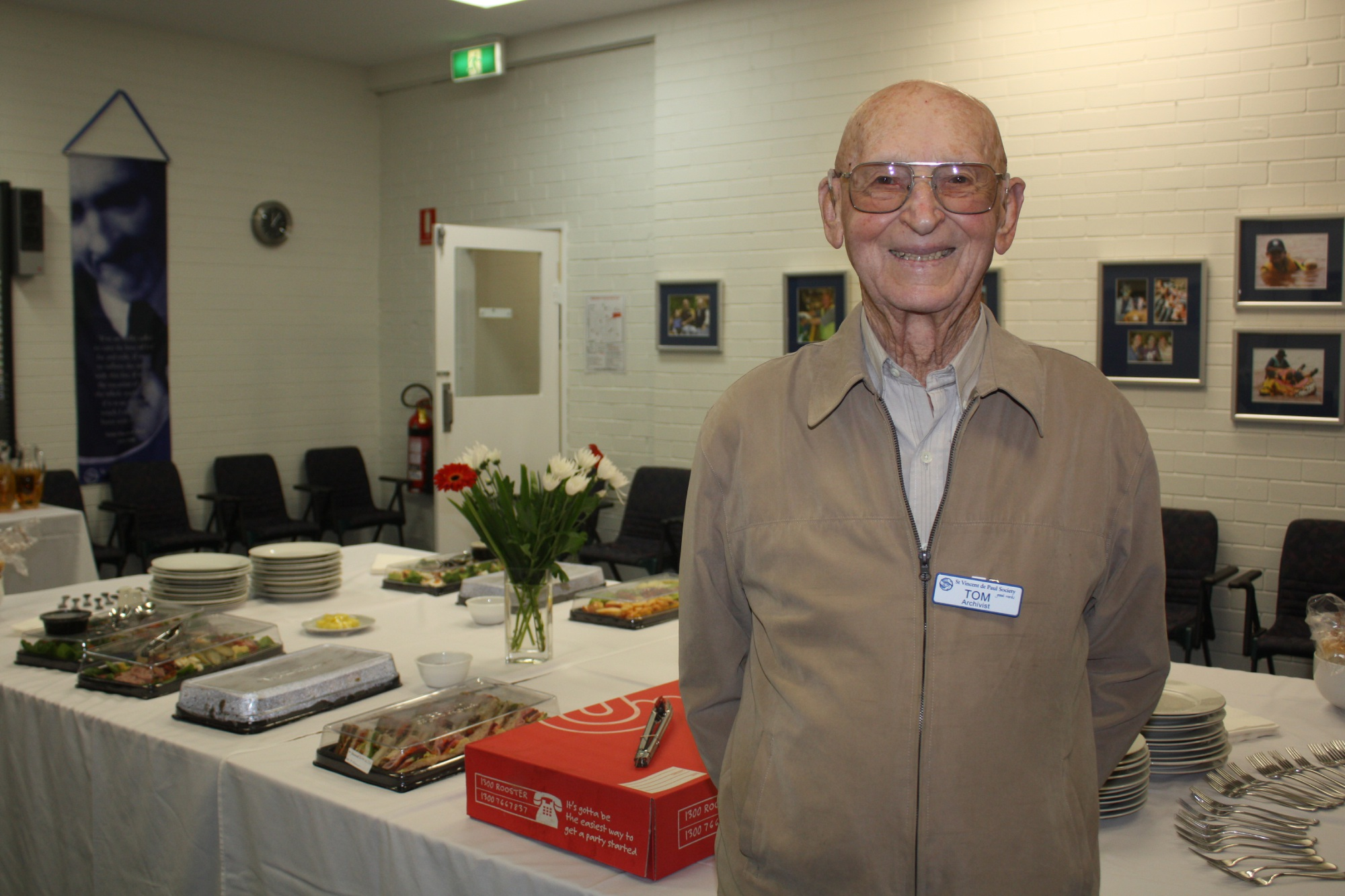 Vale Tom Fisher: Vinnies hail 'selfless gentleman' and last surviving member of HMAS Sydney