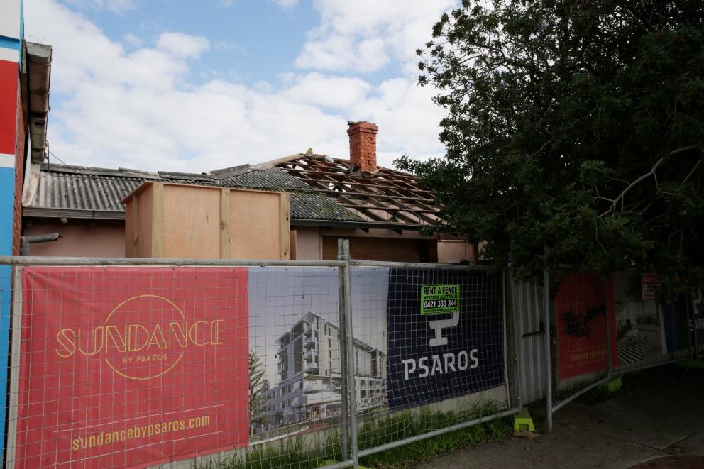 Mal'z Deli Scarborough owner in rooftop protest against developer Psaros