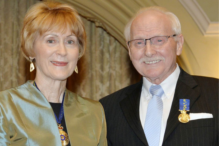 WA Governor General Kerry Sanderson with Eddie Storm.