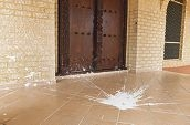The Ar Rukun Mosque was splattered with paint some time on Sunday or Monday, but the reason for the vandalism is unclear. Pictures: Elle Borgward www.communitypix.com.au d429590