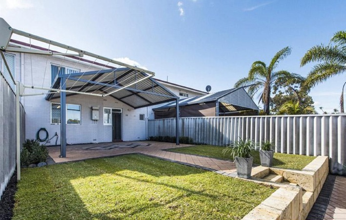 Girrawheen, 57D Amberton Avenue – From $319,000