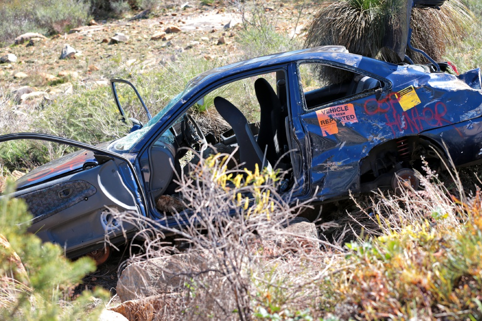 An abandoned car wreck near Zig Zag Hill  carpark. Picture: David Baylis        www.communitypix.com.au   d454030