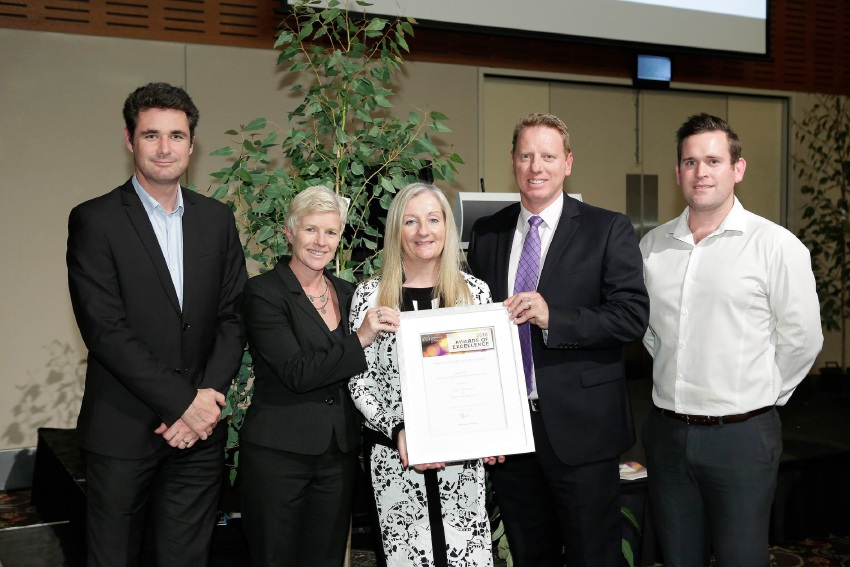 Paul Gravett (City of Wanneroo), Sue Hellyer (Department of Transport), Mayor Tracey Roberts, Arron Minchin (Department of Sport and Recreation) and Luke Middleton (Wanneroo).