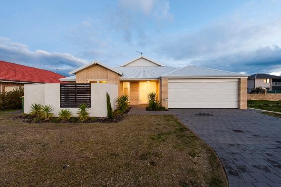Port Kennedy, 25 Knutsford Crescent – $399,000