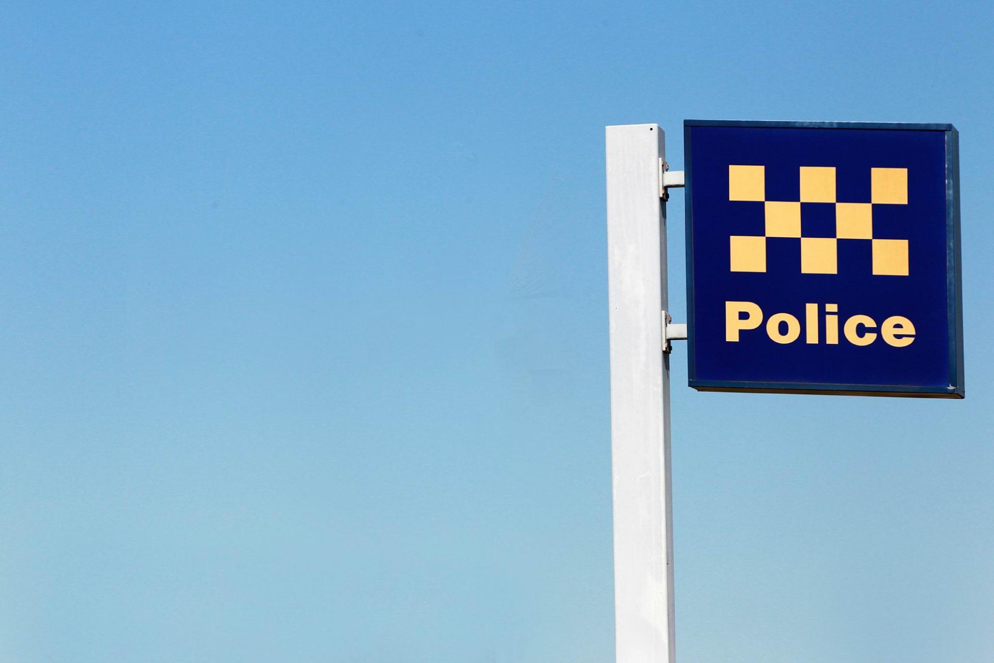 Rockingham: elderly man mugged