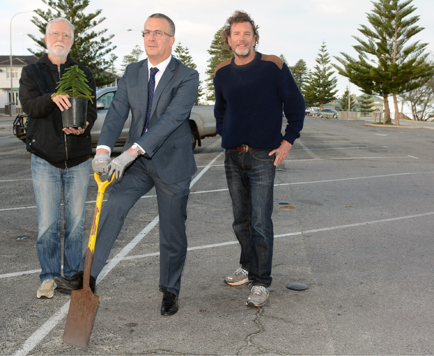 Cottesloe residents want carpark removed and trees planted