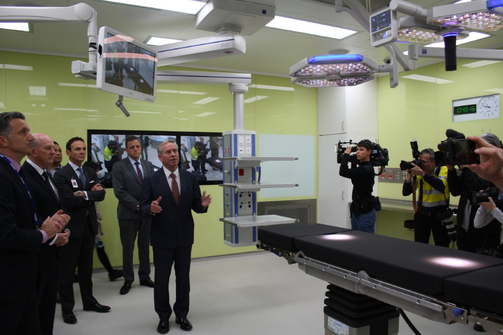 Premier defends handling of new children's hospital during site tour