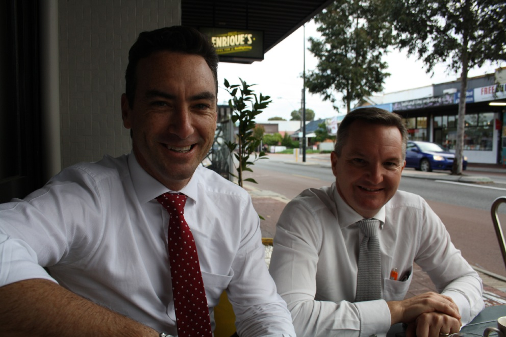 Perth Labor candidate Tim Hammond and Opposition Treasury spokesman Chris Bowen.