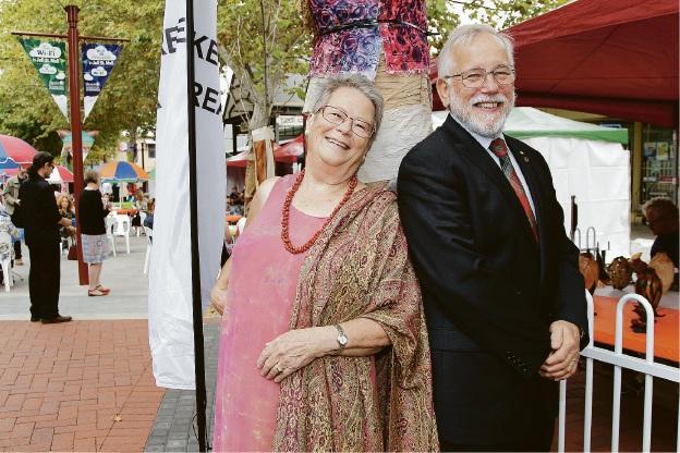 Artist Trudi Pollard with City of Armadale Mayor Henry Zelones.